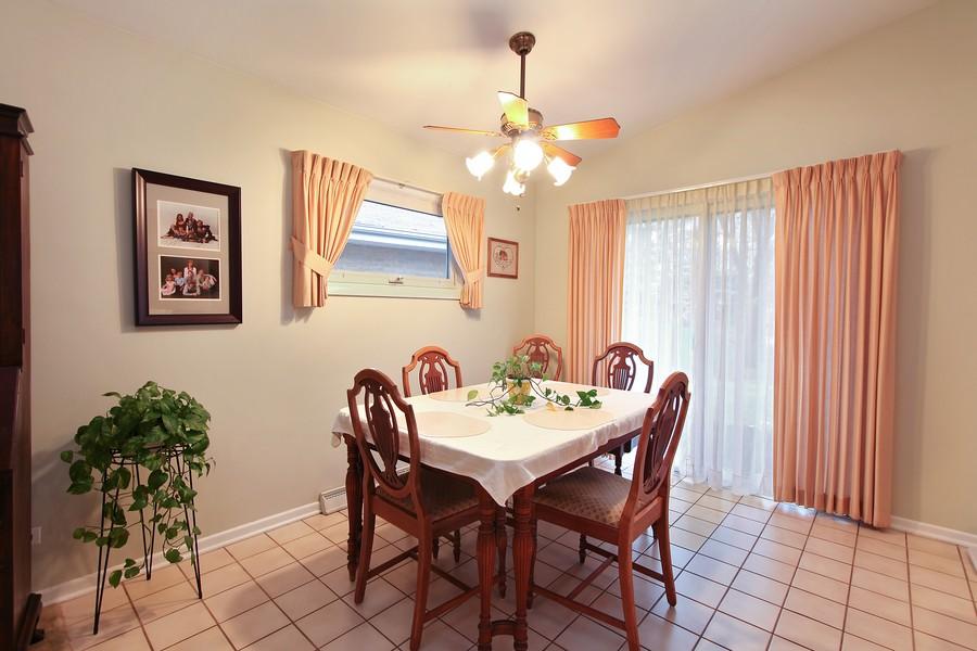Real Estate Photography - 1117 Leslie Lane, Villa Park, IL, 60181 - Dining Room