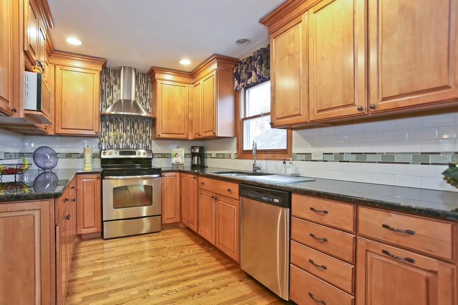 Real Estate Photography - 5828 Plymouth St, Downers Grove, IL, 60516 - Kitchen