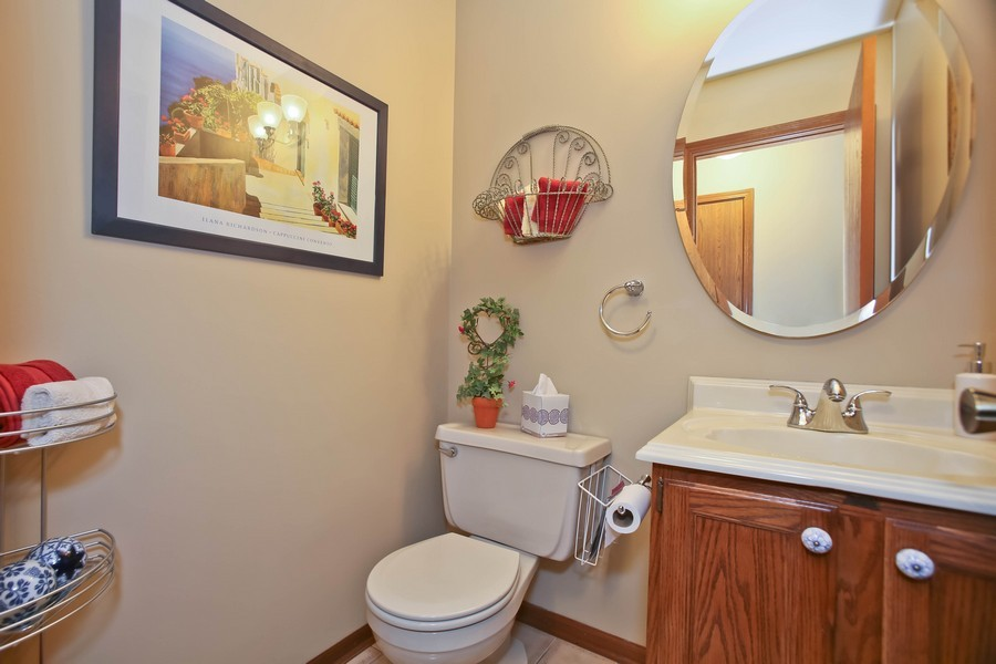 Real Estate Photography - 5828 Plymouth St, Downers Grove, IL, 60516 - 2nd Bathroom