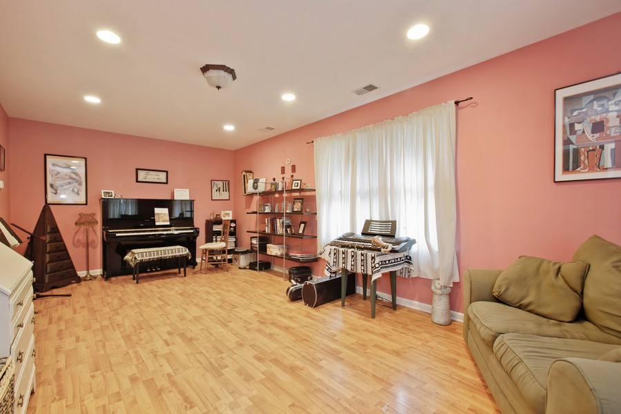 Real Estate Photography - 312 Spring Road, Glen Ellyn, IL, 60137 - Bonus Room