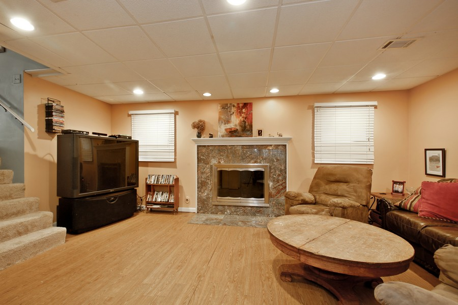 Real Estate Photography - 312 Spring Road, Glen Ellyn, IL, 60137 - Lower Level