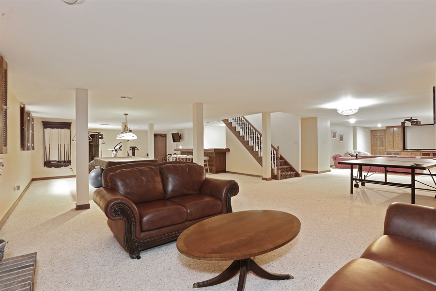 Real Estate Photography - 1607 Midwest Club Parkway, Oak Brook, IL, 60523 - Lower Level