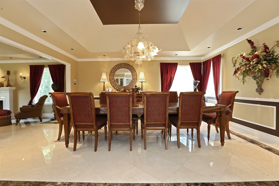 Real Estate Photography - 1607 Midwest Club Parkway, Oak Brook, IL, 60523 - Dining Area