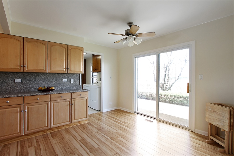 Real Estate Photography - 631 Wyngate Lane, Buffalo Grove, IL, 60089 - Kitchen / Breakfast Room