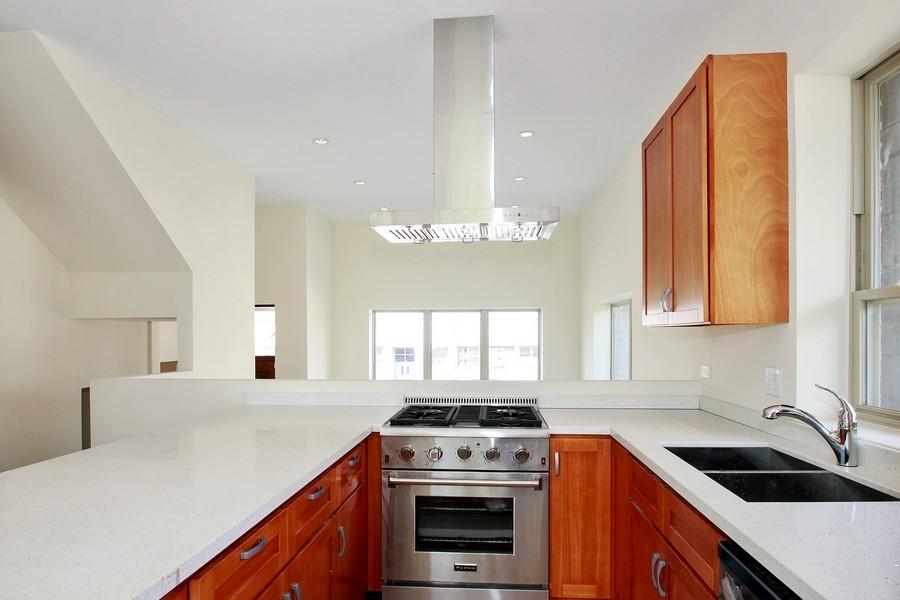 Real Estate Photography - 7227 S Exchange, Unit a, Chicago, IL, 60649 - Kitchen 2