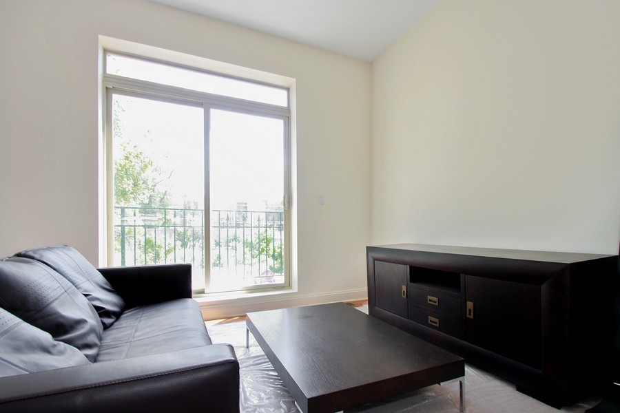 Real Estate Photography - 7227 S Exchange, Unit a, Chicago, IL, 60649 - Location 5