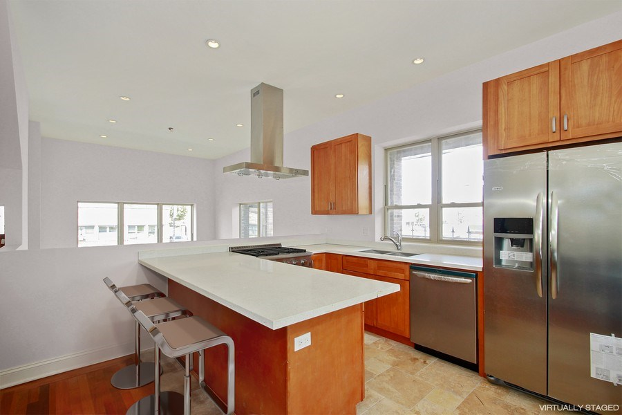 Real Estate Photography - 7227 S Exchange, Unit a, Chicago, IL, 60649 - Location 6