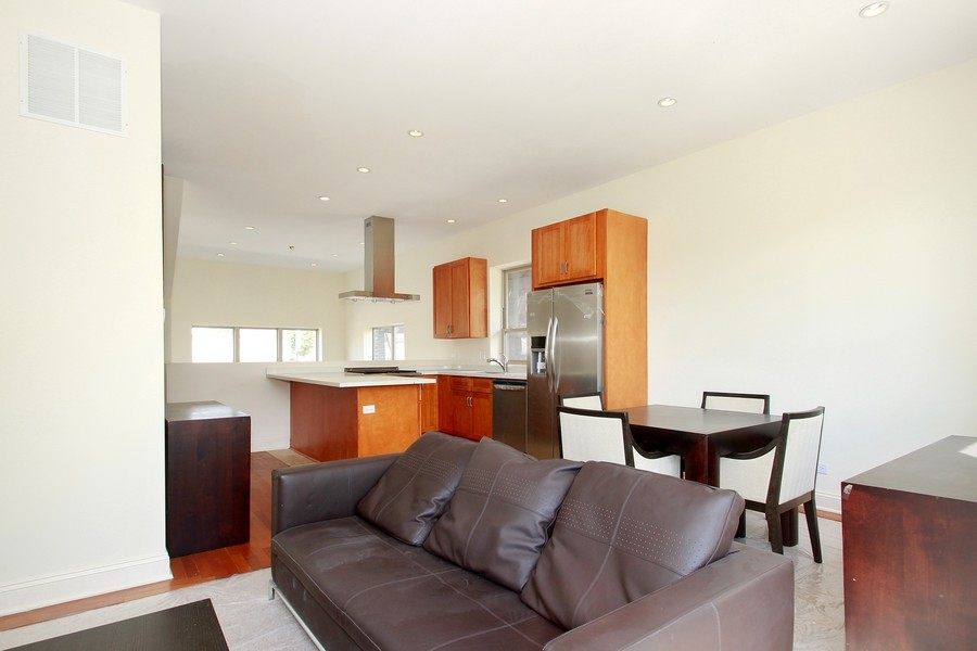 Real Estate Photography - 7227 S Exchange, Unit a, Chicago, IL, 60649 - Location 8