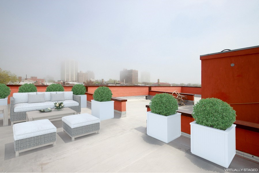 Real Estate Photography - 7227 S Exchange, Unit a, Chicago, IL, 60649 - Roof Deck