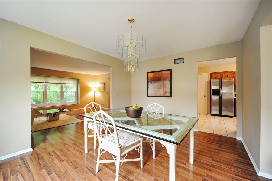 Real Estate Photography - 6 Cobblestone Court, Buffalo Grove, IL, 60089 - Dining Area