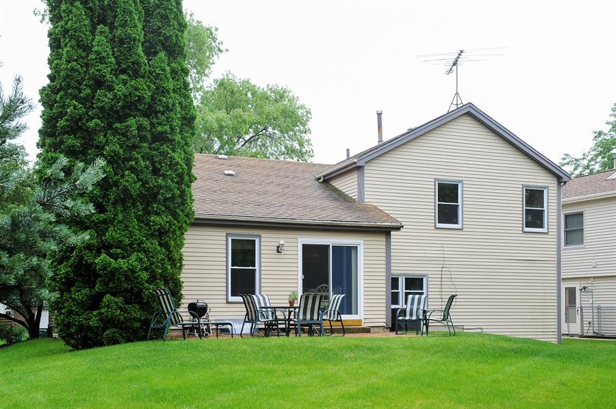Real Estate Photography - 6 Cobblestone Court, Buffalo Grove, IL, 60089 - Rear View
