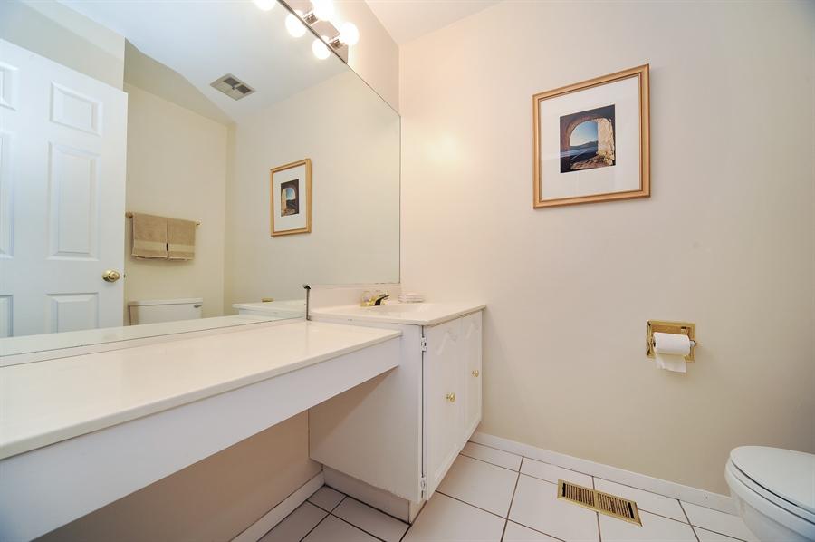 Real Estate Photography - 6 Cobblestone Court, Buffalo Grove, IL, 60089 - 2nd Bathroom
