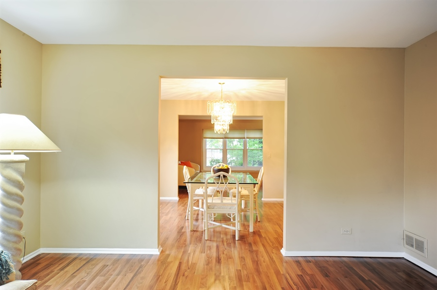 Real Estate Photography - 6 Cobblestone Court, Buffalo Grove, IL, 60089 - Family Room / Dining Room
