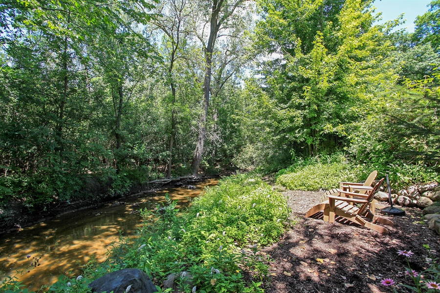 Real Estate Photography - 1780 Happ Rd, Northbrook, IL, 60062 - Canal View