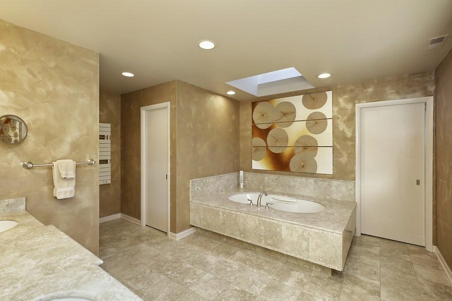 Real Estate Photography - 1780 Happ Rd, Northbrook, IL, 60062 - Master Bathroom