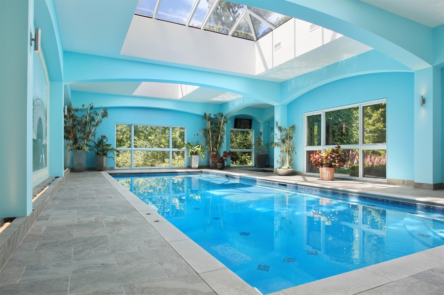 Real Estate Photography - 1780 Happ Rd, Northbrook, IL, 60062 - Pool