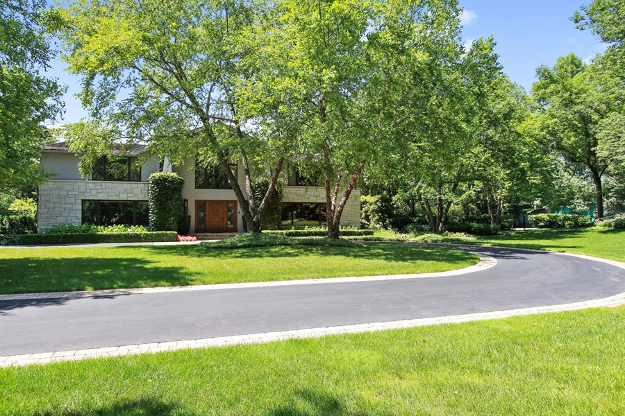 Real Estate Photography - 1780 Happ Rd, Northbrook, IL, 60062 - Front View