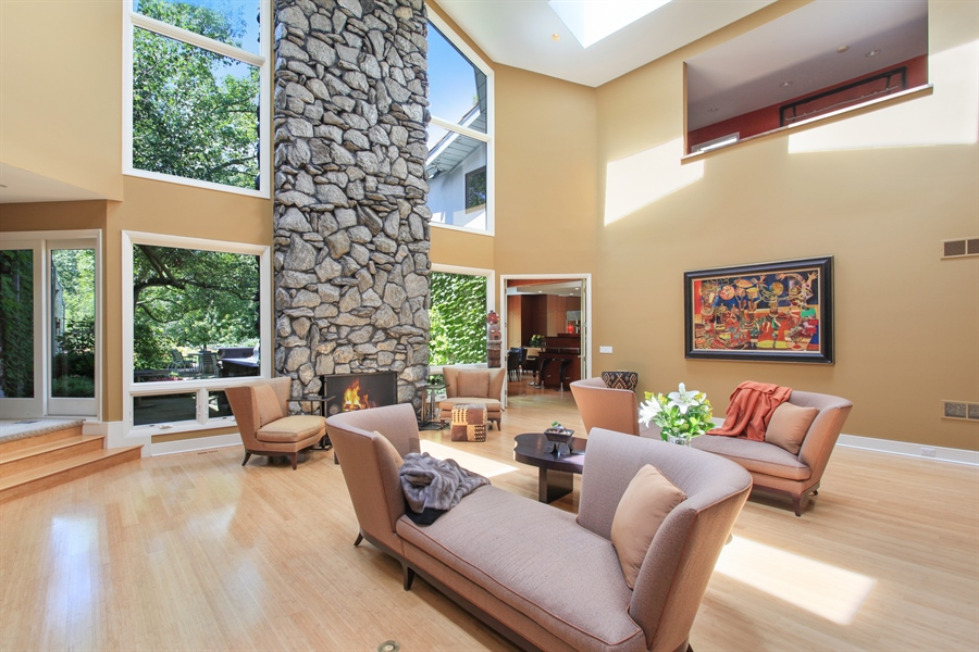 Real Estate Photography - 1780 Happ Rd, Northbrook, IL, 60062 - Family Room