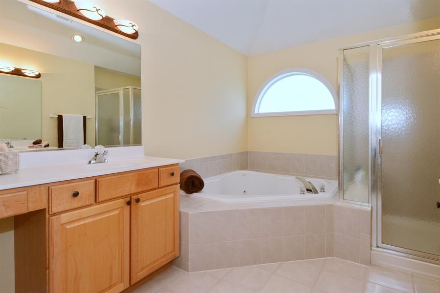 Real Estate Photography - 39W323 Sheldon Lane, Geneva, IL, 60134 - Master Bathroom