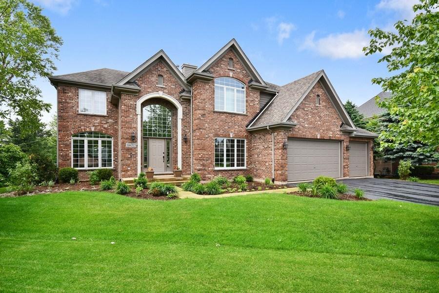 Real Estate Photography - 39W323 Sheldon Lane, Geneva, IL, 60134 - Front View