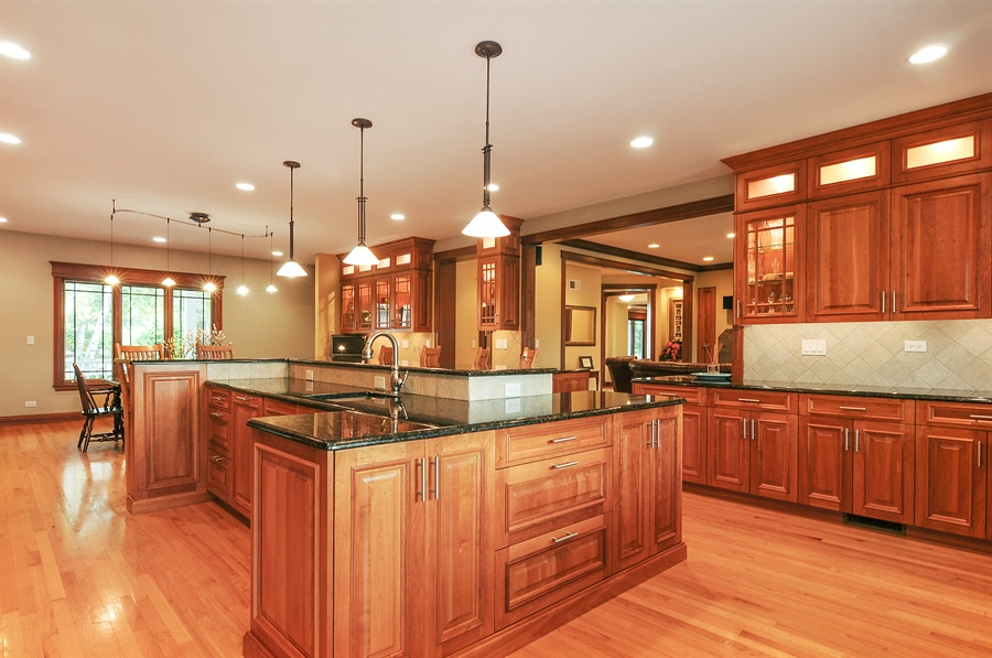 Real Estate Photography - 29567 N Gilmer Rd, Grayslake, IL, 60030 - Location 1