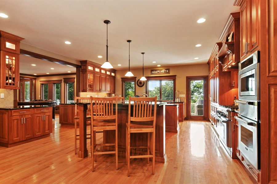 Real Estate Photography - 29567 N Gilmer Rd, Grayslake, IL, 60030 - Kitchen