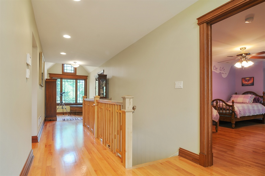 Real Estate Photography - 29567 N Gilmer Rd, Grayslake, IL, 60030 - Hallway