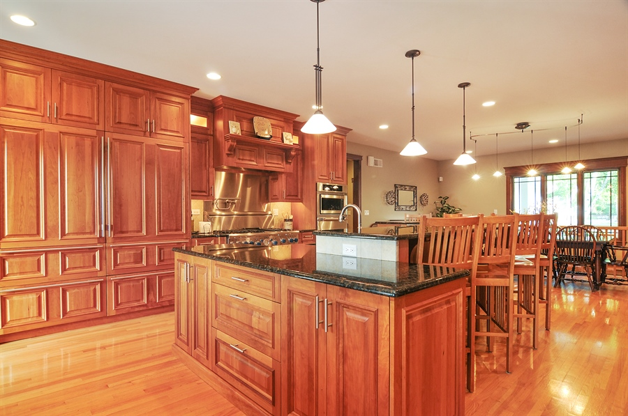 Real Estate Photography - 29567 N Gilmer Rd, Grayslake, IL, 60030 - Kitchen / Dining Room