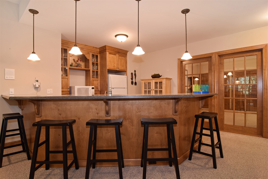 Real Estate Photography - 38W380 Heritage Oak, St Charles, IL, 60175 - Bar