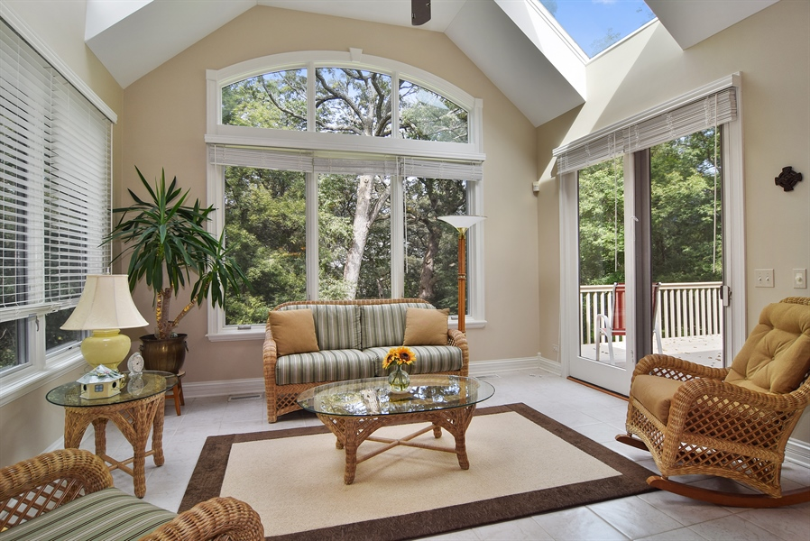 Real Estate Photography - 38W380 Heritage Oak, St Charles, IL, 60175 - Sun Room