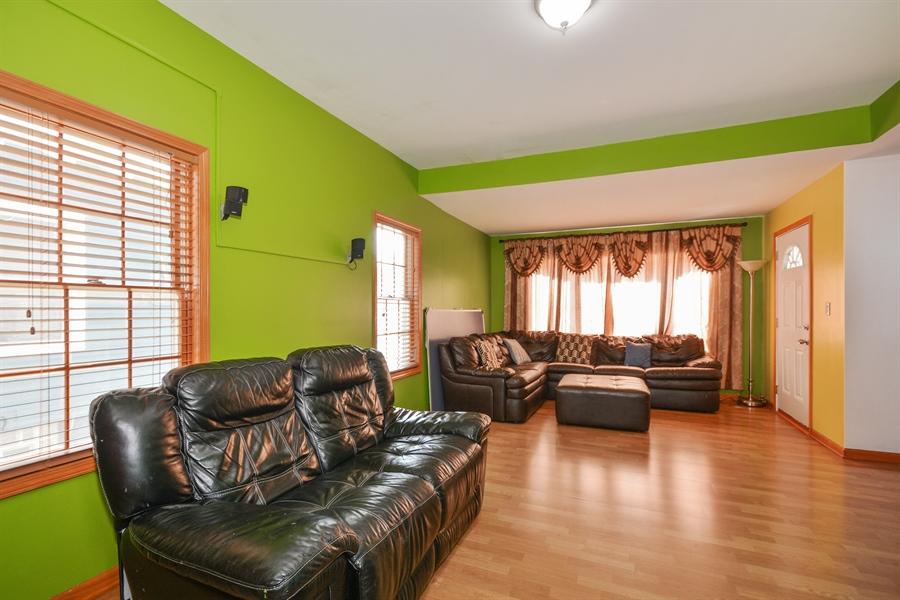 Real Estate Photography - 115 E North Ave, Elmhurst, IL, 60126 - Living Rm/Family Rm