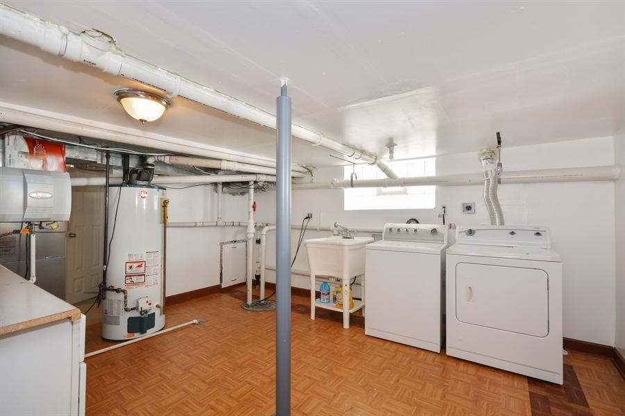 Real Estate Photography - 115 E North Ave, Elmhurst, IL, 60126 - Laundry Room