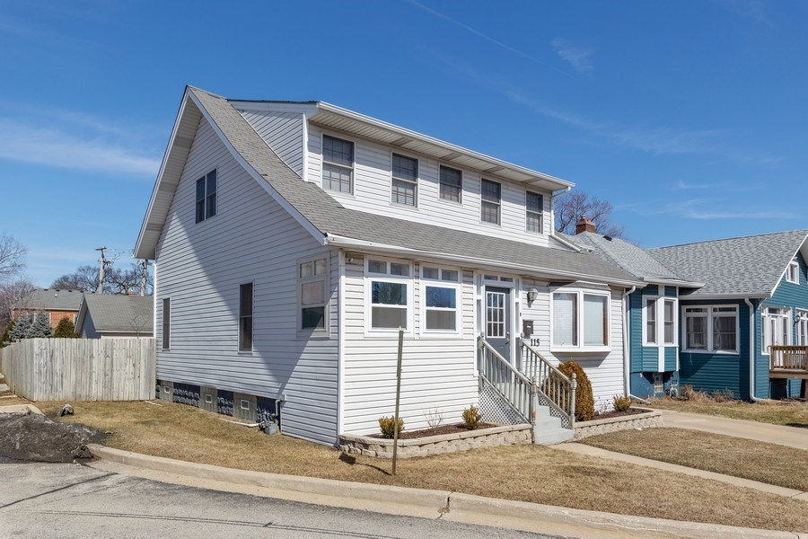 Real Estate Photography - 115 E North Ave, Elmhurst, IL, 60126 - Side View