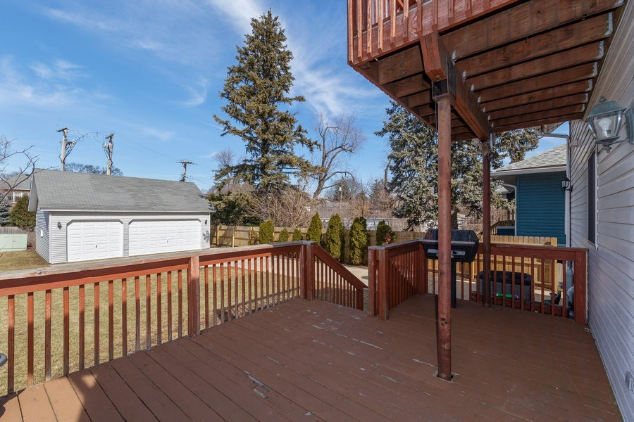 Real Estate Photography - 115 E North Ave, Elmhurst, IL, 60126 - Deck