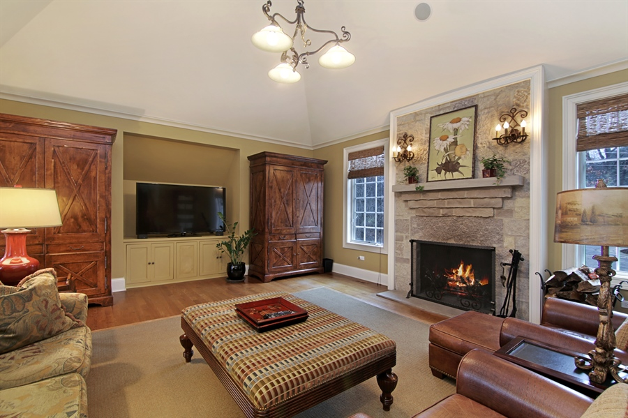 Real Estate Photography - 143 Cary, Highland Park, IL, 60035 - Family Room