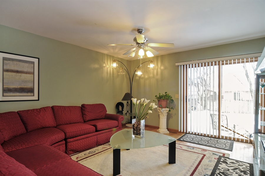 Real Estate Photography - 2958 W Vermont Ave., Waukegan, IL, 60087 - Living Room