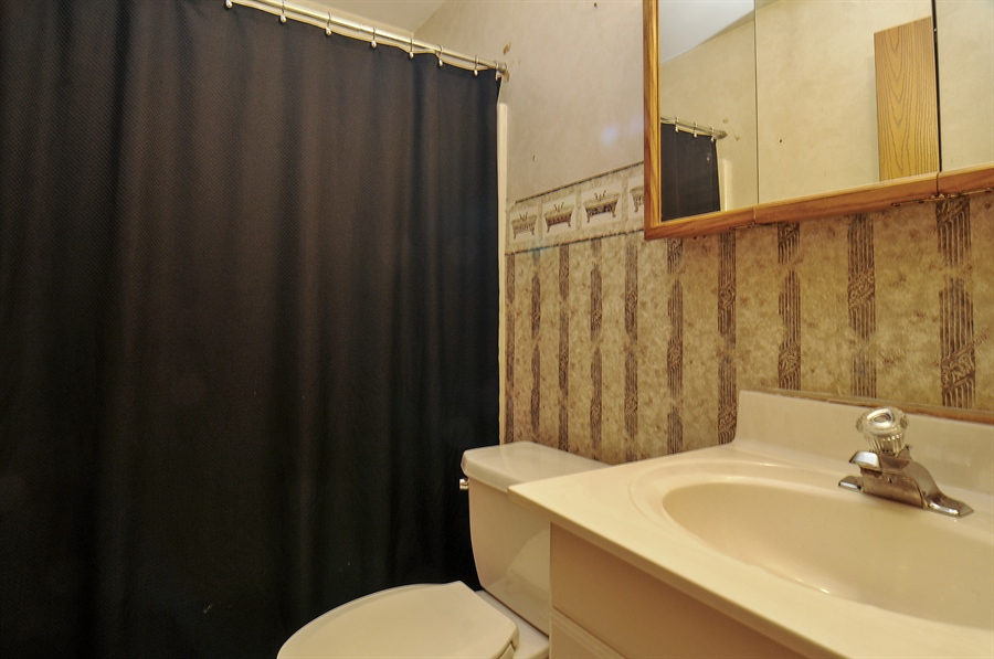 Real Estate Photography - 2958 W Vermont Ave., Waukegan, IL, 60087 - Bathroom
