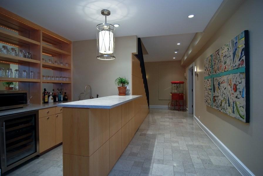 Real Estate Photography - 654 W Hutchinson, Chicago, IL, 60613 - Bar