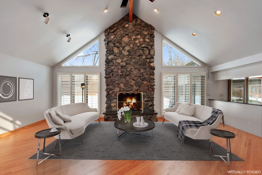 Real Estate Photography - 1885 Keats, Highland Park, IL, 60035 - Family Room