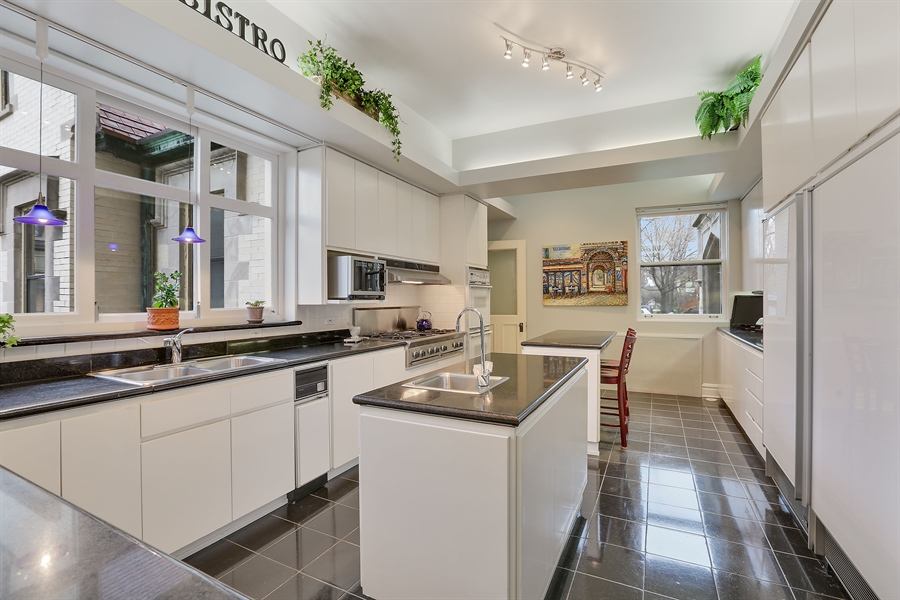 ... Real Estate Photography   509 N.Oak Park Ave, Oak Park, IL, ...