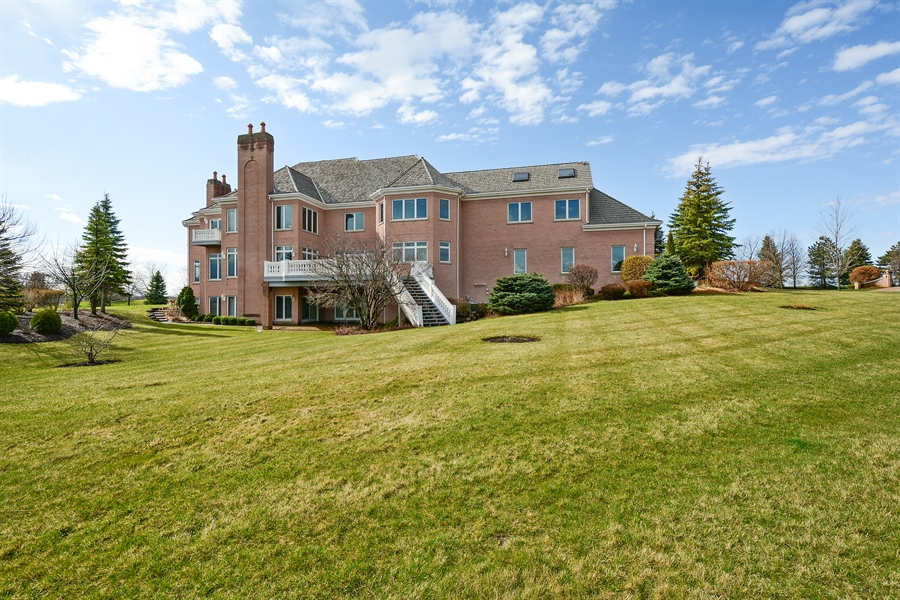 Real Estate Photography - 26 Star Lane, South Barrington, IL, 60010 - Rear View