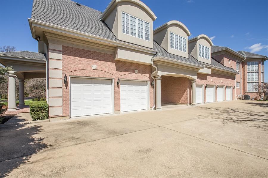 Real Estate Photography - 37 Polo Drive, South Barrington, IL, 60010 - Garage