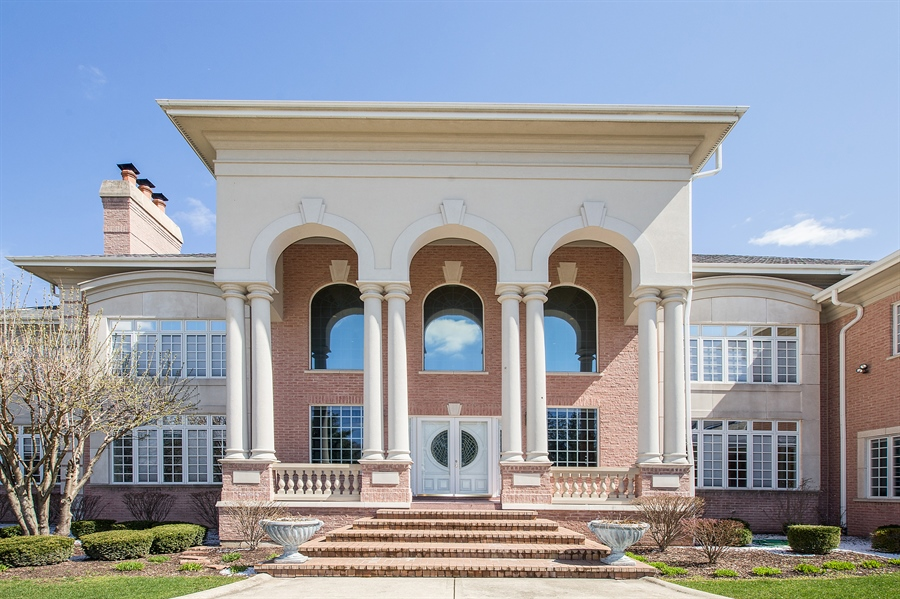 Real Estate Photography - 37 Polo Drive, South Barrington, IL, 60010 - Front View