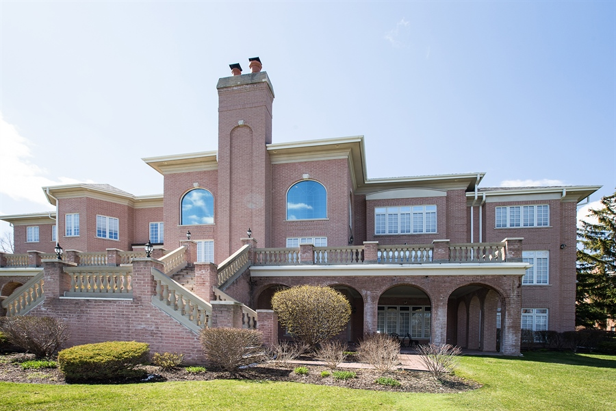 Real Estate Photography - 37 Polo Drive, South Barrington, IL, 60010 - Rear View
