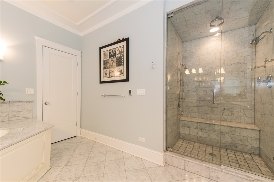 Real Estate Photography - 4722 N Malden St, Chicago, IL, 60640 - Master Bathroom
