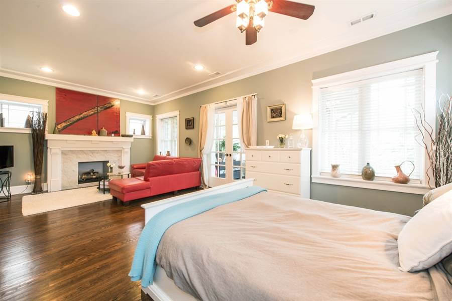 Real Estate Photography - 4722 N Malden St, Chicago, IL, 60640 - Master Bedroom
