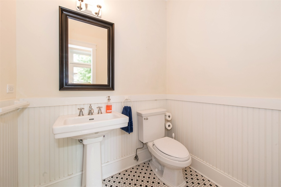 Real Estate Photography - 4722 N Malden St, Chicago, IL, 60640 - Half Bath