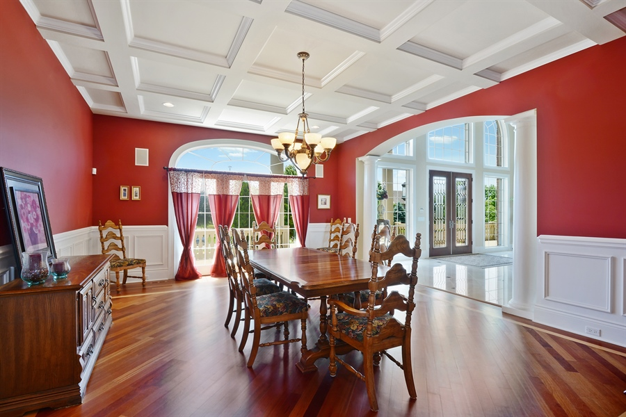 Real Estate Photography - 4 Cutters Run, South Barrington, IL, 60010 - Dining Room