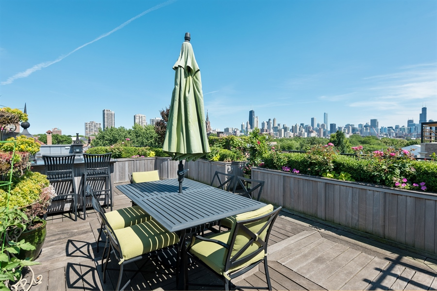 Real Estate Photography - 1841 N Orchard Street, Chicago, IL, 60614 - Roof Deck