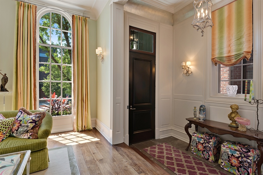 Real Estate Photography - 1841 N Orchard Street, Chicago, IL, 60614 - Foyer